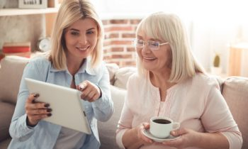 5 Caregiver Apps That Make the Job Easier